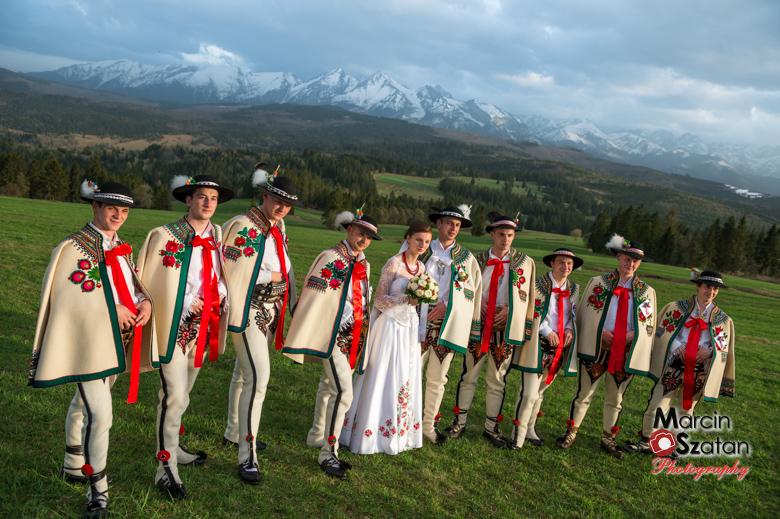 Ślub fotograf z górami w tle